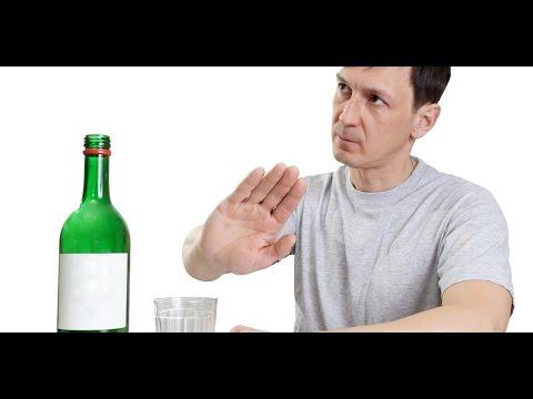 Алкогольная зависимость: что это такое, что делать при