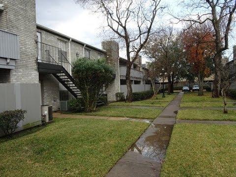 Houston Townhomes for Rent / 9700 Leawood Blvd #1406, Houston /Houston Property Management