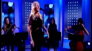 """Ellie Goulding singing """"Explosions"""""""