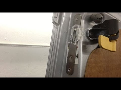 Van Deadlock Maintenance - Hook lock and key hole - What spray, when, why & how!