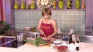 Просто вкусно - Свекольник(Новые видео-рецепты каждый день - подписывайтесь на канал - http://www.youtube.com/subscription_center?add_user=eda Присоединяйтес..., 2013-11-07T09:29:40.000Z)