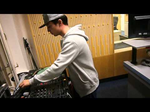 DJ Ali Jazz in the mix