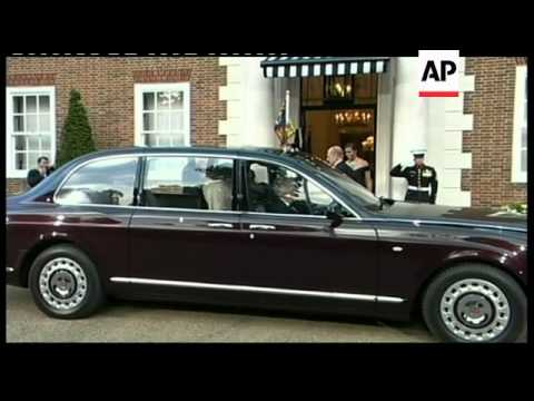 Arrivals for Winfield House banquet in honour of US president