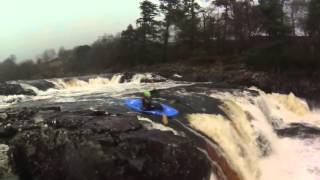 Kayaking - Boofing Low Force on The Tees