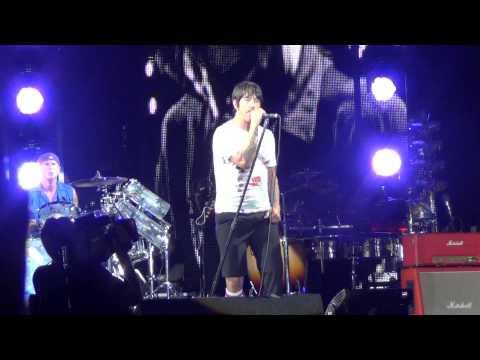 RED HOT CHILI PEPPERS - DANI CALIFORNIA - MUSIC MIDTOWN 2013