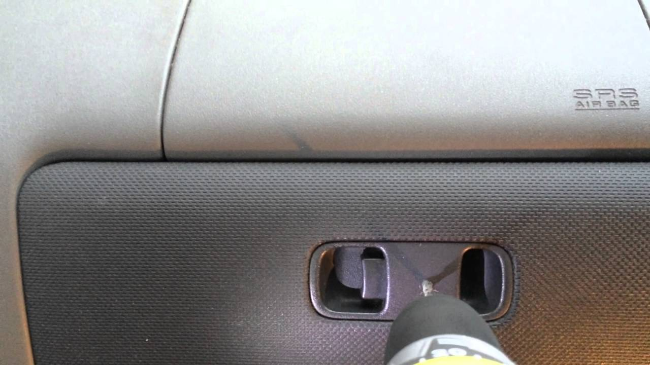 Glove compartment wont open