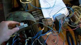 Преобразователь 220/380. Фазорасщепитель.(Описание системы получения трехфазного тока в домашних условиях при помощи асинхронного электродвигателя..., 2015-05-13T21:22:41.000Z)