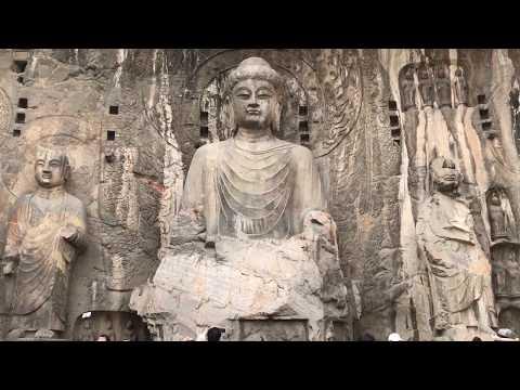 China-Henan Luoyang Longmen Grottoes 1/3