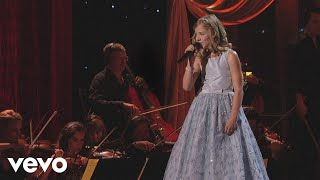 Смотреть клип Jackie Evancho - The Summer Knows