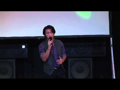 Dan Nguyen in Pinellas Park performing art center  Florida 2013