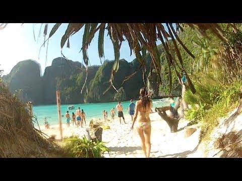 Best Islands: Maya Bay, Phi Phi Islands