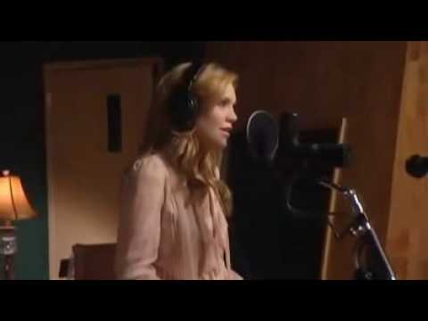 """Alison Krauss & James Taylor  """"Hows The World Treating You"""".avi"""