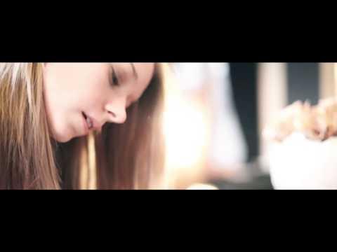 Maartje Van Neygen - 't is echt wel goed (Officiële videoclip)