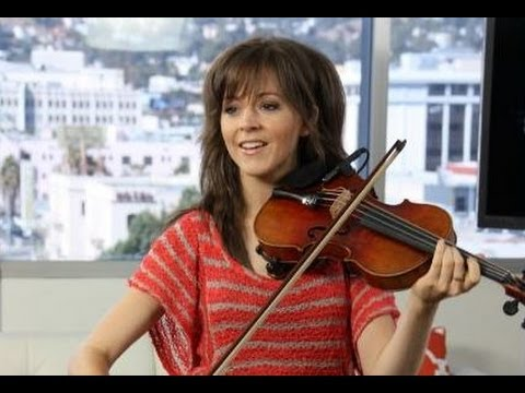 "Lindsey Stirling ""Spontaneous Me"" Performance ""Dancing Violinist""- LIVE ON SUNSET"