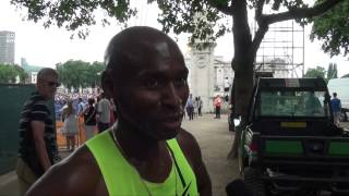 Bernard Lagat pushed on by British crowd at the #AnniversaryGames