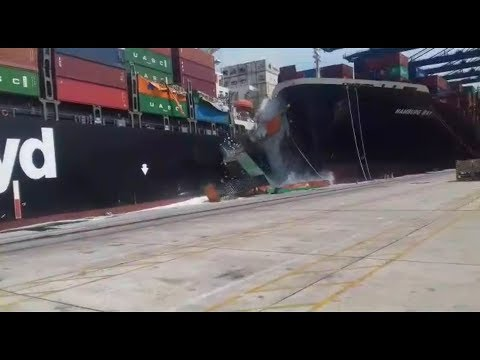 Cargo ship accident 2018 || Cargo Ship Crashes Into Cargo Ship Sending Cars Falling Into The Water