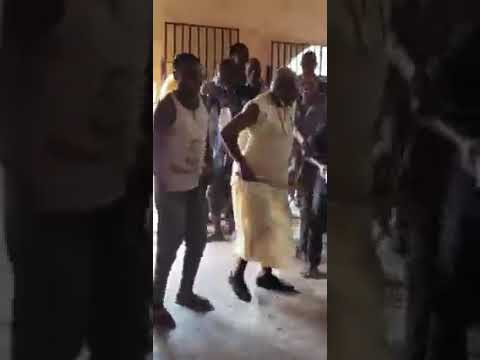 Download Mr Goddy Agboma the New iyase of umunede kingdom ( first dance at the palace)