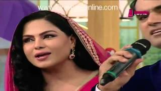 Repeat youtube video Veena Malik and her Husband singing National Song in Farah Sadia's Morning Show