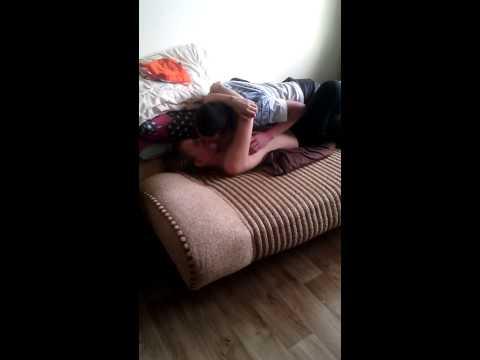 Мама мастурбирует, а сын подсматривает и трахает