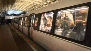 DC Metro (WMATA): Trains action at Judiciary Square station
