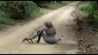 Repeat youtube video Left 4 Dead 2 - Witch in real life