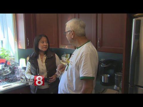 Puerto Rican couple takes refuge with family in Norwich - Dauer: 2 Minuten, 3 Sekunden