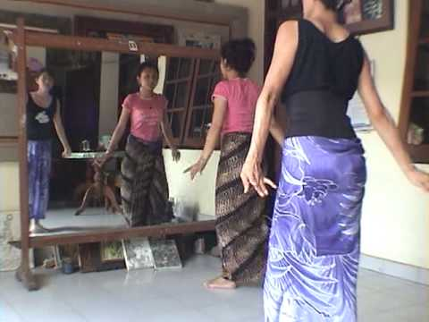 iPhone soft(Power Ubud) Yuliati dance training 5
