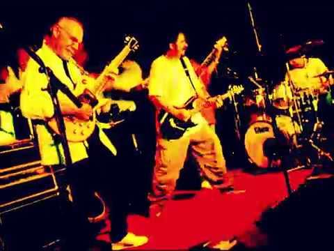 Blues Force - Larry Carlton & Steve Lukather Live @ New Morning Paris 2001