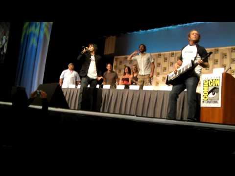 Chuck  Comic Con 09 - Jeffster, LIVE!