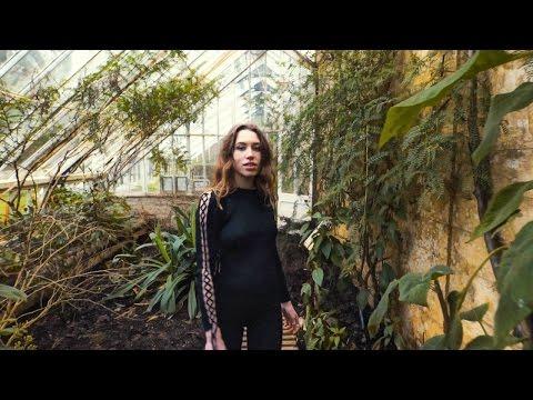 Sarah Close - Call Me Out