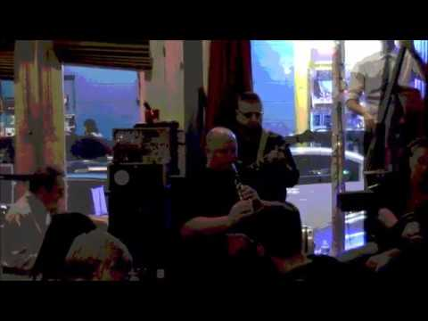 Shotgun Jazz Band plays Easter Bonnet at The Three Muses