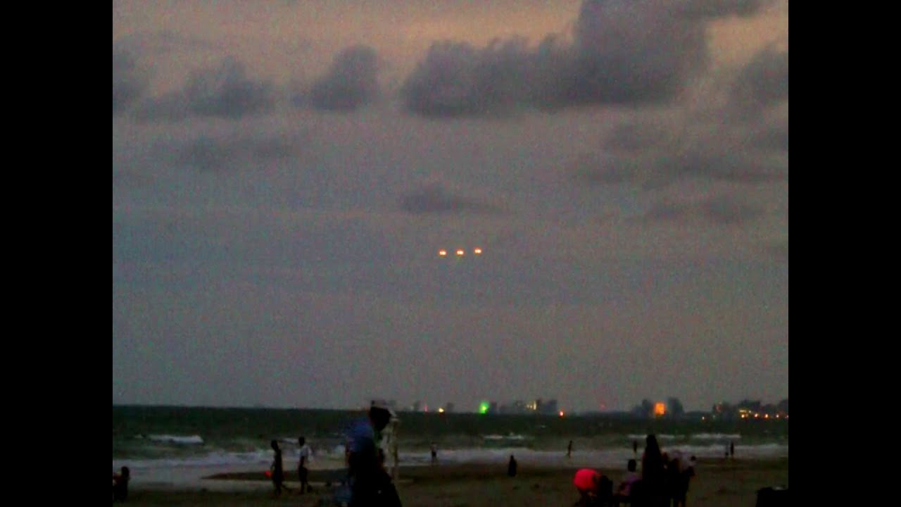 Breaking News Ufo Sightings Witnessed By Hundreds Over Myrtle Beach August 26 2017 Watch Now You