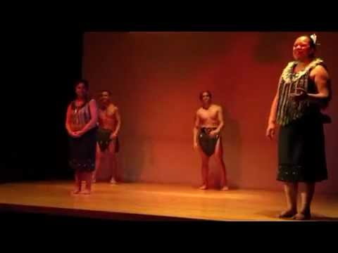 Spectacle Maori de l'Auckland Museum, Nouvelle-Zélande 2013 part 1/2