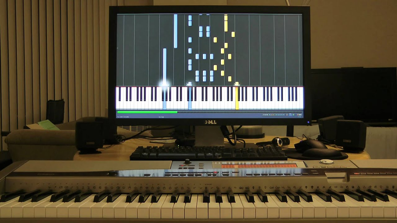 Synthesia Playing a Piano Song on an External Keyboard