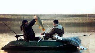 Осенняя рыбалка на Днестре...(Просто красивое видео об осенней рыбалки на Днестре..., 2016-02-02T20:47:14.000Z)