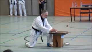 Taekwondo, Bruchtest zum 7. DAN
