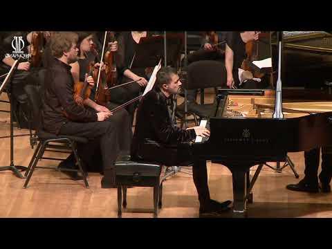 Pavel Nersessian plays Tchaikovsky Piano concerto No. 2