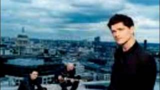 Download Lagu The Script - The Man Who Can't Be Moved Sped Up Mp3