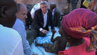 South Sudan: High Commissioner visits displaced families