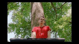 Смотреть клип Ant Saunders Ft. Vanjess - I Had A Love Song