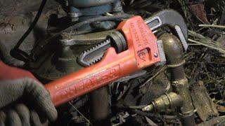 ключи Стиллсона против ржавых труб \ Stillson wrenches vs rusty pipes