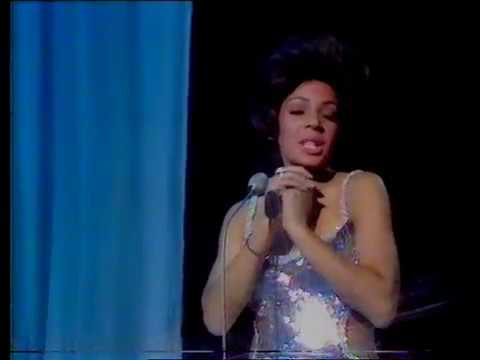 Shirley Bassey  Diamonds Are Forever   1971  London