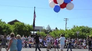 Flying Dog Bend Pet Parade