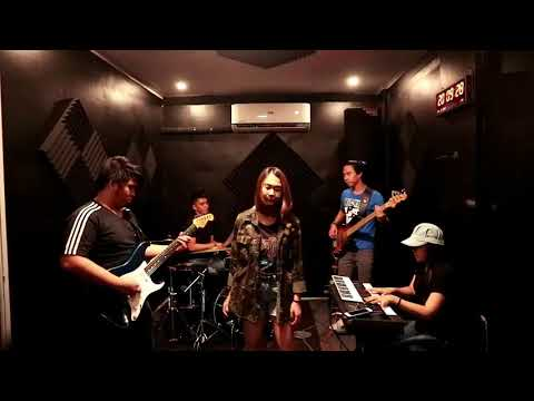 Mundo - IV Of Spades (Cover By Afterclap @ E&K Music Studio)