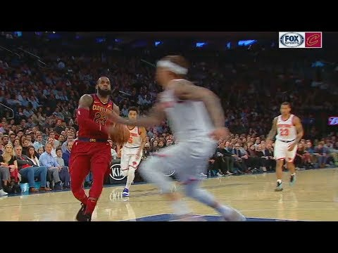 LeBron James Scares Michael Beasley with Dunk and Makes Him Run Away! Cavaliers vs Knicks