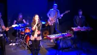 Jenn Bostic   Lay Your Lips on Mine (Live Totnes)