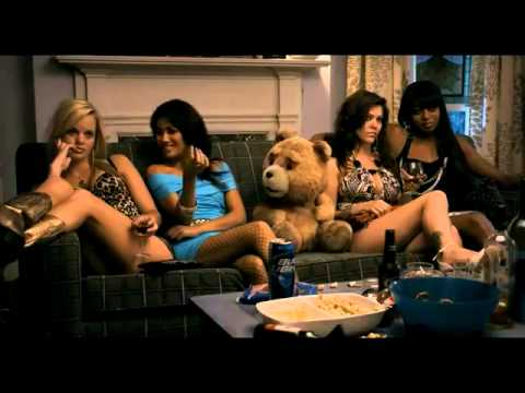 El oso Ted - Trailer (Español Latino ).mp4