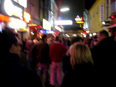 Reeperbahn Hamburg on a Saturday night