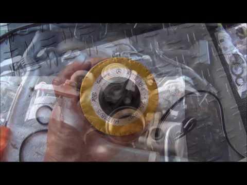Mercedes SL550 Oil Change (R230) 273 engine