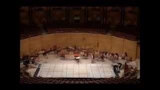 Aufbau für das Konzert vom Bundesjugendorchester mit dem BJB aus der Kölner Philharmonie